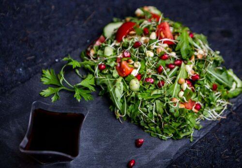 fresh salad raw vegan 1