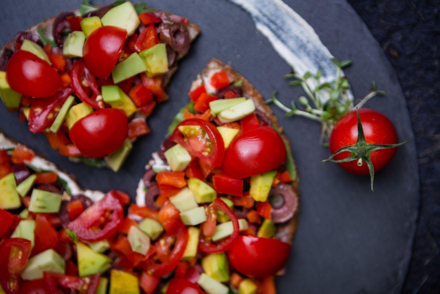 De ce ar trebui să alegi pizza raw vegană • Rawyal.ro