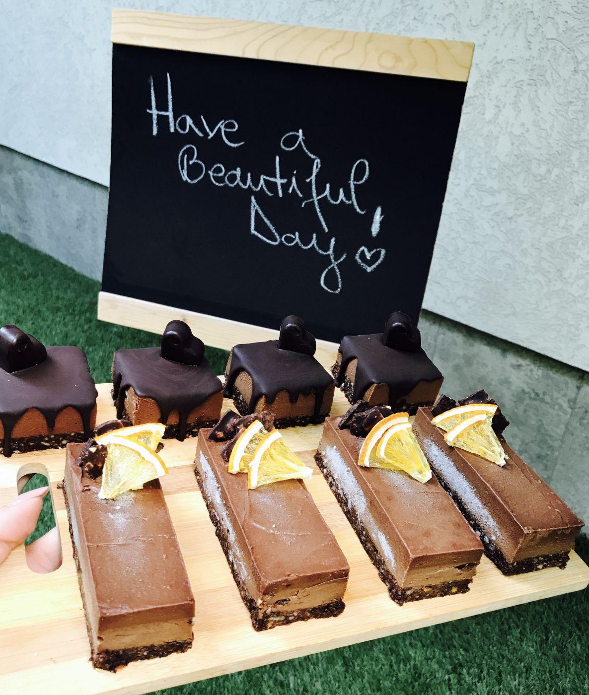 7 diferențe între ciocolata raw și ciocolata neagră pe care trebuie să le știi • Rawyal.ro