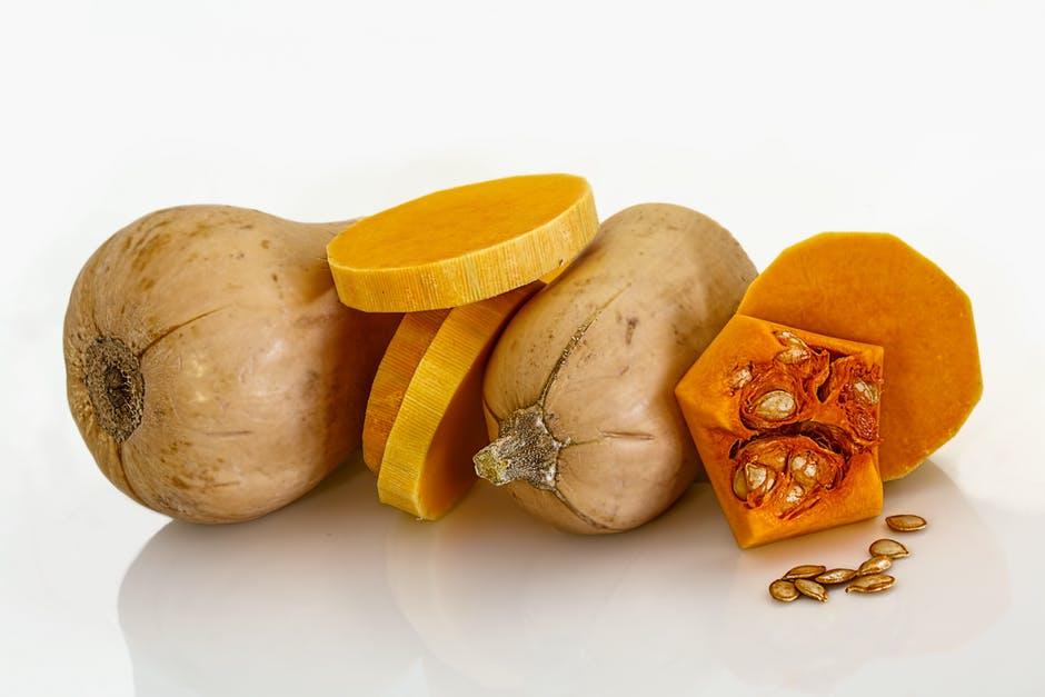 Top 3 alimente proteice esențiale pentru alimentația unui raw vegan • Rawyal.ro