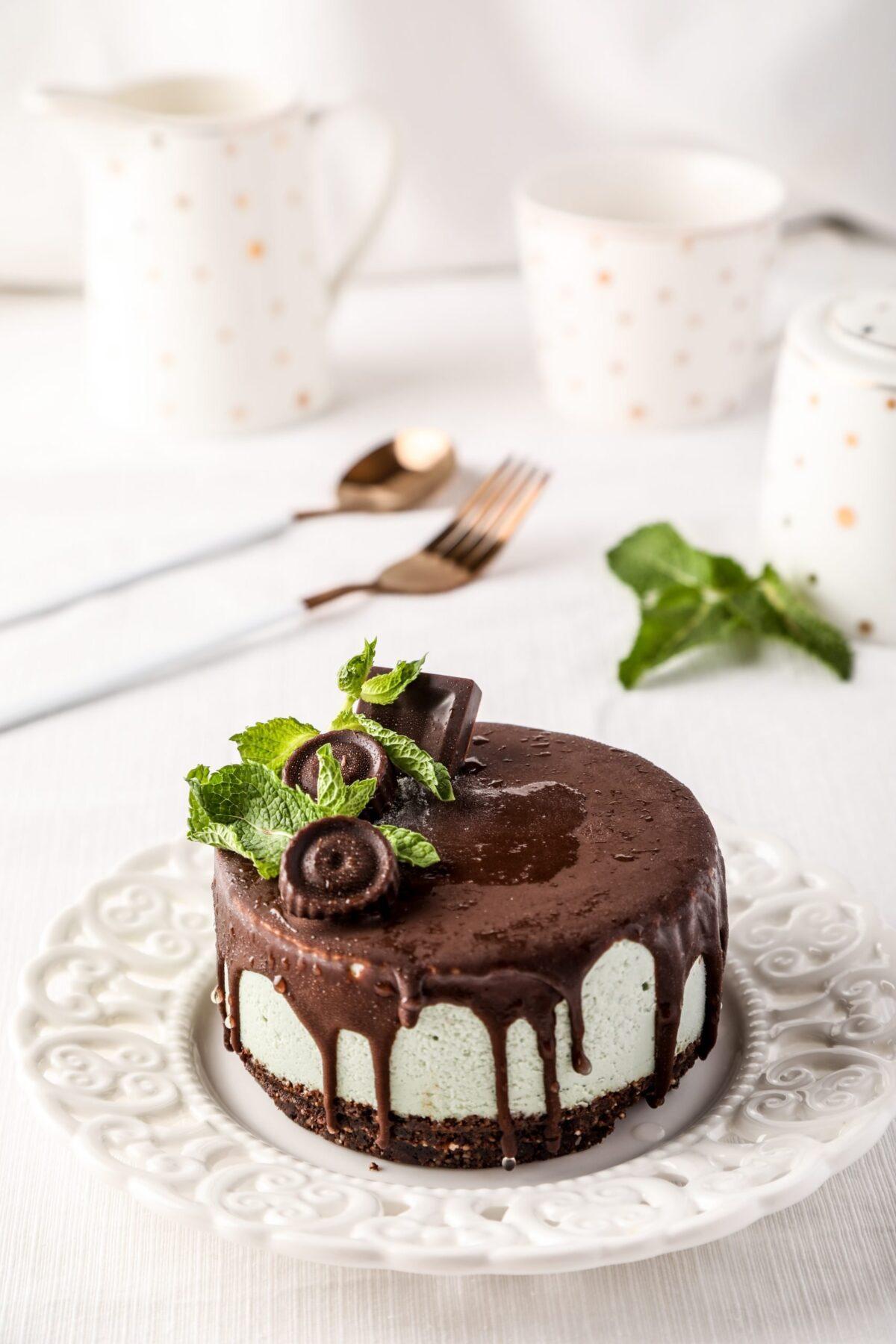 BABY CAKE CU MENTA scaled