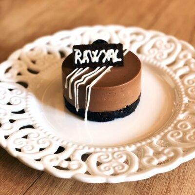Raw Vegan Sweets • Rawyal.ro
